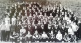 1958-1959 - JOHN POTTER, 201 BUNTINGS CLASS, FROBISHER DIV., SPORTS DAY..jpg