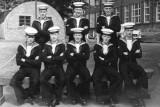 1959-60, JANUARY - MARTIN FOLKS, 19 RECR., DRAKE,302 CLASS, 39 MESS, B.R. L-R AYLING, BROWN, KENT, F.R. L-R BARNES, TUCK, MOY, P