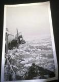 1962, OCT-NOV - ALAN PERRY, THE RIVER FROZEN NEAR THE BOAT PIER..jpg