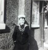 1964, SEPTEMBER - IAN McINTOSH, OUTSIDE BLAKE 8 MESS..jpg