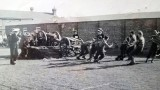1961, APRIL - BILL THOMAS, 40 RECR., ANNEXE TIGER, THEN BENBOW, 05. FIELD GUN CREW PRACTICE.