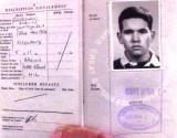 1970, APRIL - DEREK COLE, PASSPORT ISSUED PRIOR TO GOING ON DRAFT..jpg