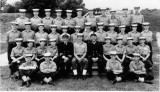 1971 - BRIAN GRAHAM, 2 RECR., HAWKE, STANDING BEHIND THE D.O. Lt. IAN GIBSON.