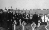 1925 - GRAVESIDE SALUTE AT FUNERAL.JPG