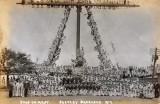 1917 - BOYS ON MAST.jpg