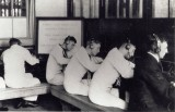 UNDATED - A BOY TELEGRAPHISTS CLASS LEARNING THEIR TRADE.jpg