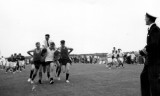 1963 - P.O. J.SOANES ON CHARIOT, DO LT.CDR. RM LEES CHEERING, SPORTS DAY.JPG
