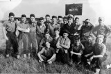 1956, 10TH JULY - KEITH HILLABY, BLAKE FIELD GUN CREW, WITH OUR INSTR..jpg