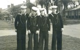 1958-59 - GAVIN H. SCRIMGEOUR, 15 RCR., DRAKE, 40 MESS, 12 CLASS, AFTER DIVISIONS, L-R, WARNER J., McMULLIAN, PEARSON, MYSELF