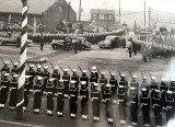 1958, JANUARY - ALFRED SINGLETON, H.M. THE QUEEN ARRIVING AT HARWICH.jpg