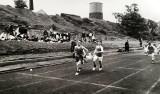 1958, JANUARY - ALFRED SINGLETON, ON THE RUNNING TRACK, EDDY FISHER AND LITTLE LATIMER.jpg