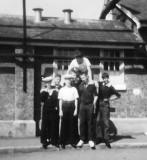 1970, 18TH MAY - ERIC HOLMWOOD, 18 RECR., 7 MESS, NO NAMES.jpg