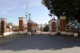 2010 - ERIC HOLMWOOD, JOINED MAY 1970, THE MAIN GATE AND MAST.jpg