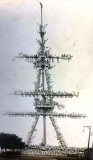 1918 - DAVID PERCIVAL, MAST WELL MANNED TO CELEBRATE THE END OF WW I.jpg