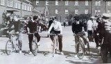 1971, 7TH JUNE - ALAN WILLIS, 25 RECR., BENBOW, 35 CLASS, 251 CLASS, 'GENERAL DRILLS,' ALFI HENRY ON THE RIGHT IN STRIPED SHIRT