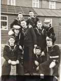 1957, 7TH MAY - DENIS WOODHAMS, 04 RECR., GRENVILLE, 17 MESS, WITH SOME MESS MATES, NAMES BELOW.jpg