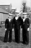 1970, OCTOBER - GARY LAYZELL, 21 RECR., DRAKE DIVISION, 12 MESS, I'M IN THE MIDDLE.jpg