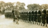 UNDATED - GUARD BEING INSPECTED BY UNKNOW VIP.jpg