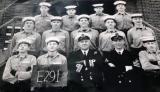 1966, NOVEMBER - EDDIE BURKE, 89 RECR., EXMOUTH, 291 CLASS, DAVID MORGAN HOLDING THE BOARD