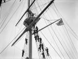 1940-1945 - HO RATINGS GOING ALOFT.jpg