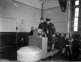 1940-1945 - HO RATINGS RECEIVING INSTRUCTION ON STEERING BY COMPASS.jpg