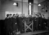 1940-1945 - HO RATINGS RECEIVING LIFEBOAT INSTRUCTION.jpg