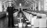 1962 - PETER CRAYFORD, DRAKE, 39 MESS, 281 CLASS, YEOMAN TINKLER, INSTRUCTOR.jpg
