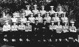 1961, 12TH SEPTEMBER - JOHN HILLS,  HAWKE, 343 CLASS, NAMES BELOW.jpg