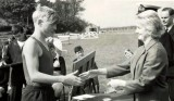 1965 - BRIAN CHESTER, COLLINGWOOD SPORTS DAY, BRIAN RECEIVING PRIZE.jpg