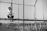 1966, 14TH NOVEMBER - CHRIS KNIGHT, 89 RECR., DUNCAN, 13 MESS, FUN ON THE ASSULT COURSE.jpg