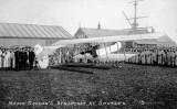 UNDATED - MAJOR GORDAN'S AEROPLANE AT SHOTLEY.jpg