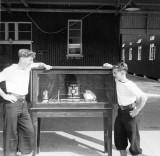 1960, 11TH OCTOBER - ROGER GLEE, HAWKE DIVISION, ME & VIC BULLARD 12..jpg