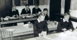 1958 - MARTIN BARKER, 04,, HAWKE, 231 CLASS, IN THE CLASSROOM.jpg