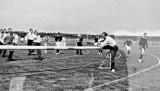 1960 - DUNCAN DIVISION, 213 & 222 CLASSES, 17 MESS, SPORTS DAY, 2..jpg