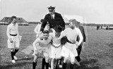 1960 - DUNCAN DIVISION, 213 & 222 CLASSES, 17 MESS, SPORTS DAY, 8..jpg