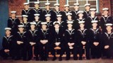 1975, 28TH OCTOBER - JAMES MARKLEW, LEANDER, 953 CLASS, 28 MESS, NAMES BELOW PHOTO.