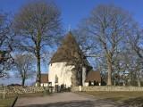 Hagby kyrka.jpeg