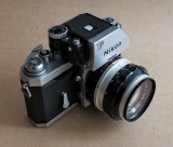 The Nikon F and the Photomic FTn.
