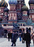 Traveling in space and time: the Soviet Union in 1982 with Kodachrome