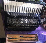 Tonaveri with concert and musette reeds