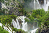Closer Look at the Falls -N