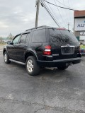 2010 Ford Explorer XLT with 3 rows of Seating