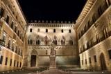 Firenze. Piazza Salimbeni