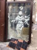 Banksy mural, Piazza Gerolomini - Via dei Tribunali - 3443
