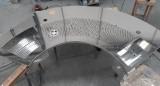 piano inox curvo tagliato con laser griglia