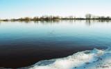 Lîle_sur_le_fleuve.jpg