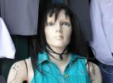mannequin_lives