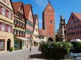 Löwenbrunnen & Wörnitztor