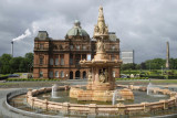 Glasgow, Doulton Fountain and People's Palace