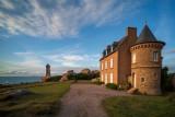 Le phare de Men Ruz avec une belle demeure privée construite en 1892